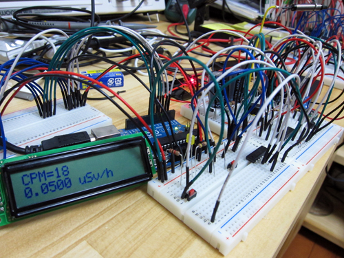 簡易ガイガーカウンター D3372 w/ arduino